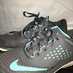Nike tennis shoes sneakers